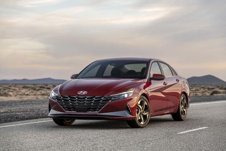 Hyundai Elantra 2021 thế hệ mới lột xác toàn diện từ trong ra ngoài